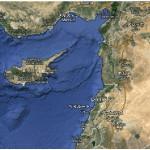 キプロス島 地図データ ©2015 Google, Mapa GISrael, ORION-ME 画像  キプロス島の位置キプロス島は、中東、トルコの南にある地中海の島。地中海ではシチリア島、サルデーニャ島に次いで3番目に大きな島です。